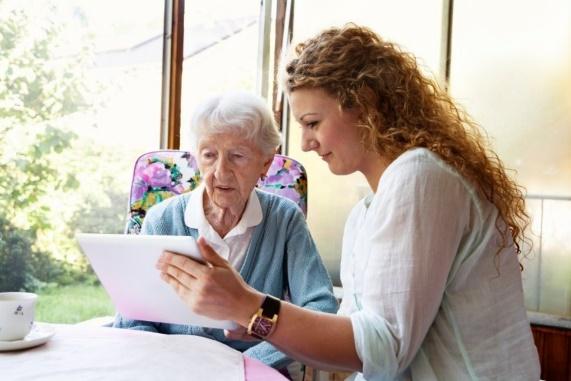 Social Workers and Senior Caregiving